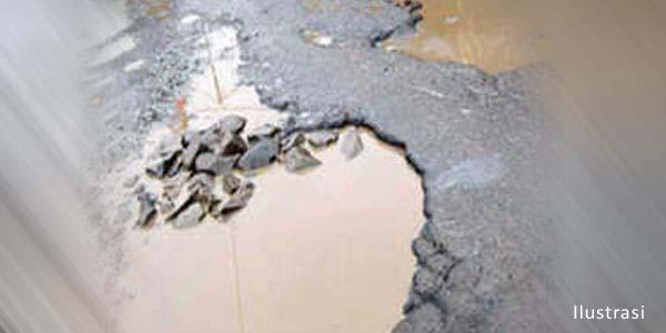 Dinas PU Tuba Dituding Cueki Kerusakan Jalan dan Jembatan