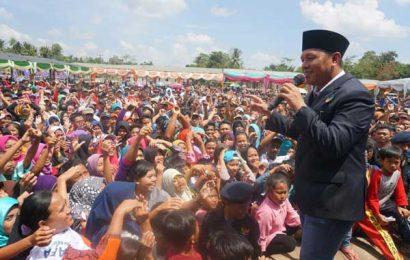 Ribuan Relawan  Bersumpah Menangkan Mustafa