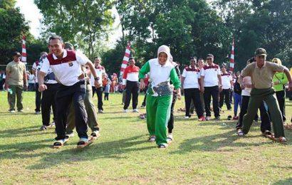 Bupati Lamtim Senam Bersama TNI dan Polri