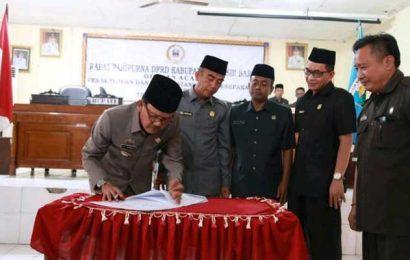DPRD Pesibar Teken KUA-PPAS Perubahan Tahun 2018