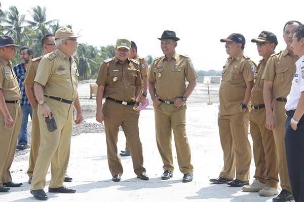 Tiga Kabupaten Bangun Jalan Menuju Bandara Radin Inten II