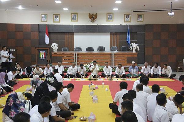 Bupati Minta Sekretariat Daerah Jadi Panutan OPD